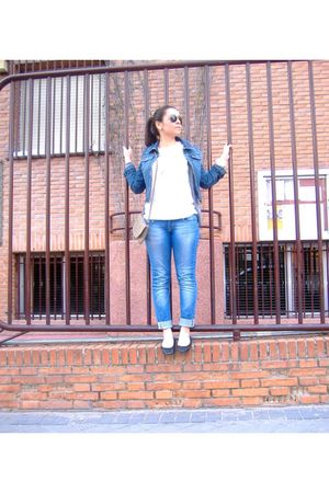 Zara blouse - Ray Ban glasses - Zara shoes