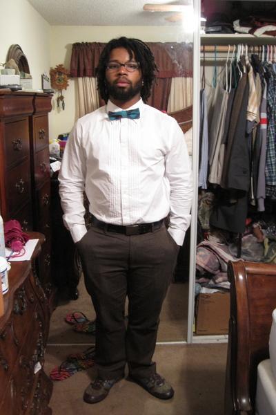 1453aee060ade white Old Navy shirt - blue H M tie - black Levis belt - brown Gap pants