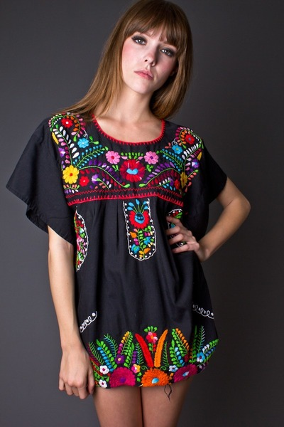 black telltale hearts vintage blouse