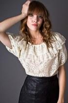 ivory lace peasant telltale hearts vintage blouse
