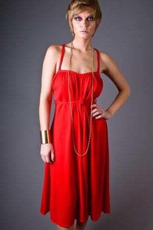 red telltale hearts vintage dress