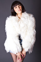 Vintage Faux Fur Shag Coat in White