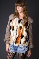 Tawny-telltale-hearts-vintage-jacket