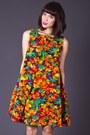 Telltale-hearts-vintage-dress