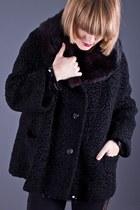Telltale Hearts Vintage Coats