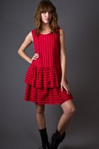red telltale hearts vintage dress