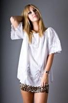 White-telltale-hearts-vintage-blouse