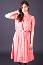 Vintage Pretty Pintucked Day Dress in Peach