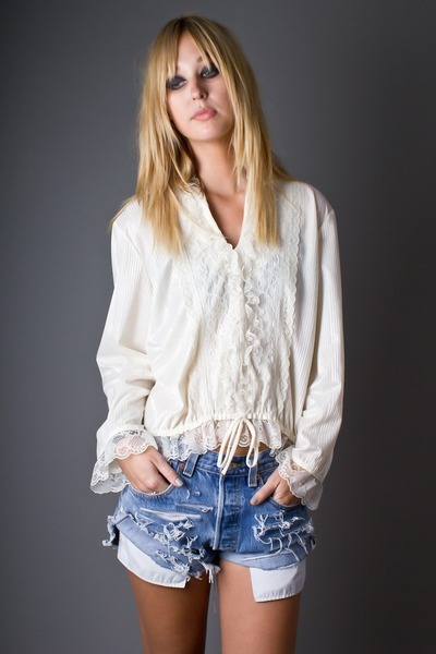 ivory telltale hearts vintage blouse