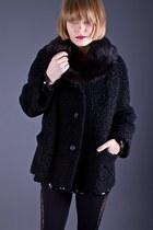 Telltale-hearts-vintage-coat