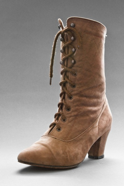 light brown telltale hearts vintage boots