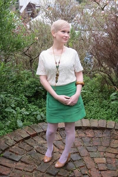 vintage top - Forever 21 wedges - Zara skirt - vintage necklace