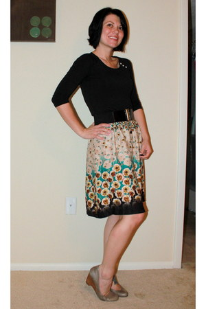 Nordstrom skirt - banana republic top - Jessica Simpsonca wedges