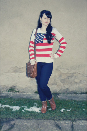brown Deichmann boots - navy c&a jeans - red Atmosphere sweater