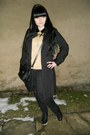 Gold-thrifted-sweater-black-orsay-coat-black-mudd-jeans