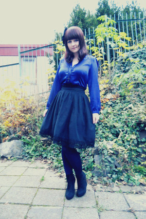 black Gate wedges - blue Calzedonia tights - black Porcelain Doll skirt