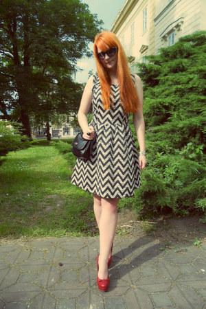 black New Yorker bag - white reserved dress - black New Yorker sunglasses
