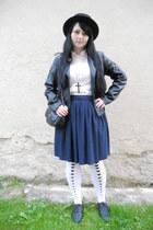 Gate shoes - Takko fashion jacket - Cassa Blanca shirt - lindex tights