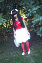 white Bodyline shoes - red Calzedonia tights - white Bodyline bag