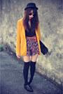 Forever-21-hat-lulus-blazer-floral-print-shorts-overknee-socks