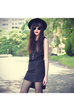 Sheinside dress - Forever21 hat - round sunglasses - studded Choies wedges
