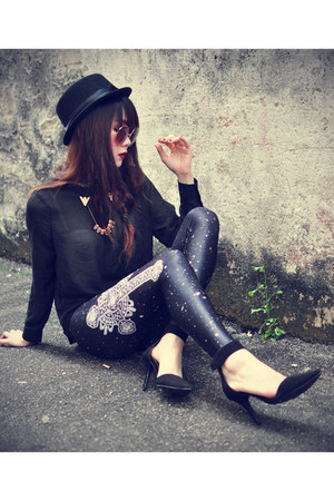 Forever 21 hat - Lovelysally leggings - round sunglasses - Choies heels