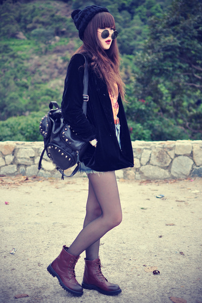 velvet blazer - theeditorsmarket bag - denim shorts - round sunglasses