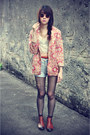 Zara-boots-vintage-blazer-denim-shorts-top