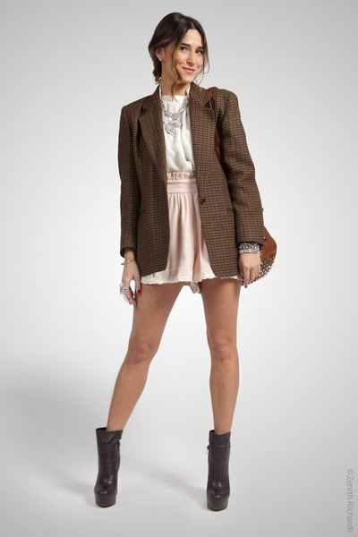 Steve Madden boots - H&M shorts - f21 necklace