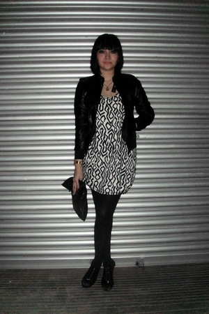 Hujung jacket - forever 21 blouse - Sawks tights - Vincci purse - blay shorts