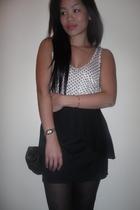 black tights - black silence and noise skirt - white f21 - black f21 purse - sei