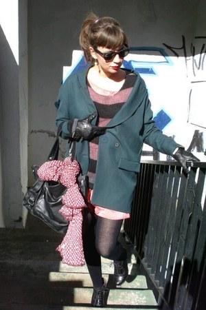 salmon Zara dress - forest green Zara blazer - black pull&bear bag