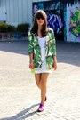 Green-floral-anouk-coat-red-mirrored-spektre-sunglasses