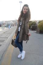 Converse shoes - Pimkie jeans - Chanel shirt - Louis bag