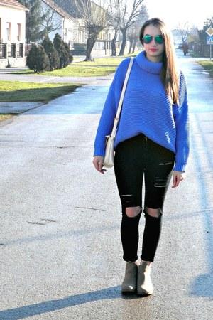 sky blue Oasapcom jumper - nude H&M boots