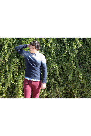 crimson cotton asos jeans - navy cotton American Eagle sweater