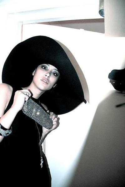 Helmut Lang dress - Yves Saint Laurent hat - jaeger bag