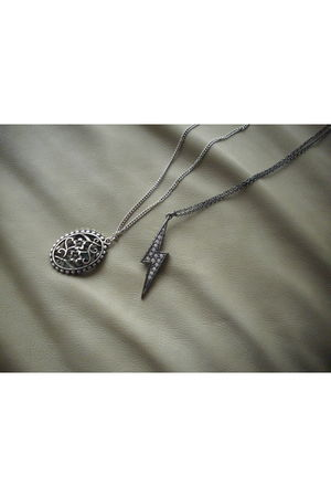 silver Forever 21 necklace - silver Forever 21 necklace