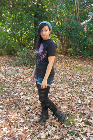 purple hendrix tee Hot Topic t-shirt - deep purple doc martens boots