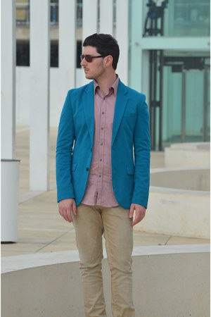 turquoise blue Zara blazer - beige Pull & Bear jeans - pink Zara shirt