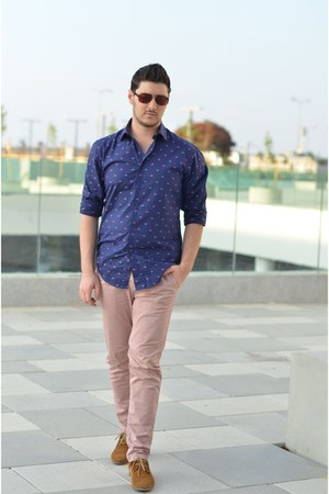 blue Zara shirt - bronze Aldo shoes - light pink Zara pants