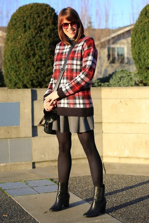 brick red plaid H&M sweater - Tahari boots - black skater Zara skirt