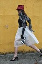 white tulle Rosegal skirt - black Stella & Dot scarf - black clutch Target bag