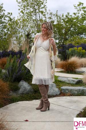 off white slip dress vintage dress - peach kimono Elizabeth Gillett scarf