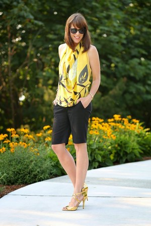 yellow square Elizabeth Gillett scarf - navy bermuda Amanda & Chelsea shorts
