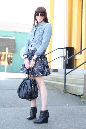 black Zara skirt - light blue denim Gap jacket - black hobo JustFab bag