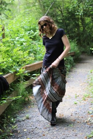dark brown maxi Dailylook skirt - black Bed Stu boots