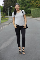 black Zara jeans - heather gray OASAP shirt - black chicnova bag