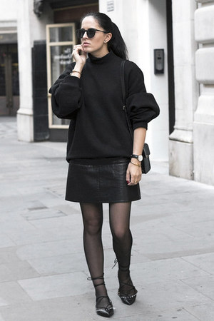black acne sweater - black Mango bag - black Zara flats - black Zara skirt
