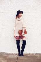 H&M sweater - Zara boots